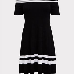 Black and White Sweater Dress Size 2x